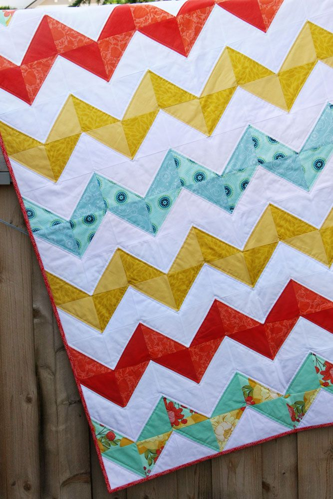 Quilting Blocks: Half Square Triangle Tutorial #sew #quilt #chevron