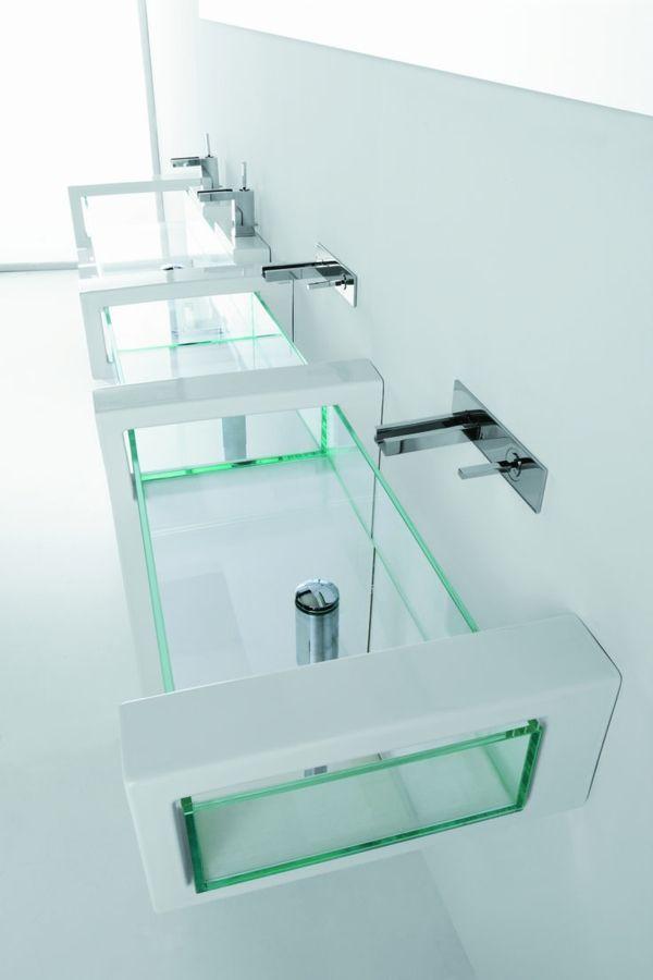 Lavez votre mains sans toucher le robinet! Utilisez le robinet infrarouge!
