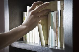 Cheap Bookshelves   Stretcher.com - How to find cheap bookshelves to organize a large collection of books