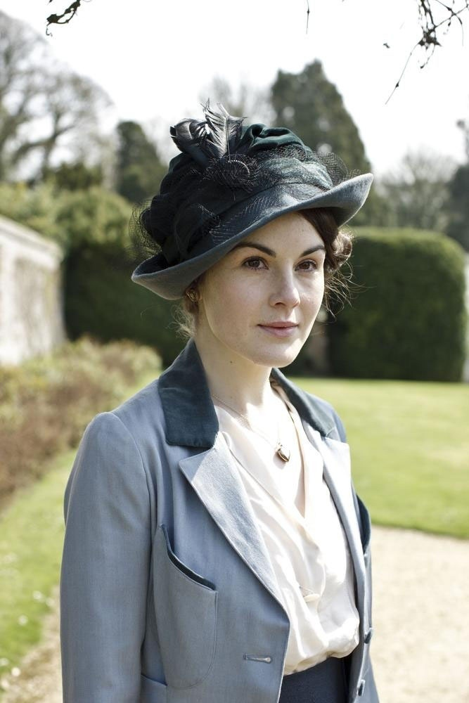 Lady Mary                                                                                                                                                                                 Plus