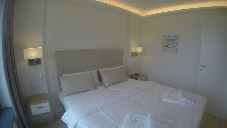 #Ferienwohnung Sunny  im #PRORA Solitaire Das #Hotel   auf der Insel #Rügen #Traumferien   #Traumurlaub   #Ferienwohnung mit #Luxus  #Hotelservice  50 m zum Strand  sowie   von 1000 QM  #Wellness und SPA   Bereich 170  #Ferienwohnungen traumhaft   https://www.youtube.com/watch?v=KN_sNmX5ids&index=1&list=PLPQawBJAP5UvrsOinEzkW5xZnMXgzeU8S   http://www.prora-solitaire.de/hotel/ #prora-solitaire.de/Hotel/ #prora-solitaire.de/Hotel/