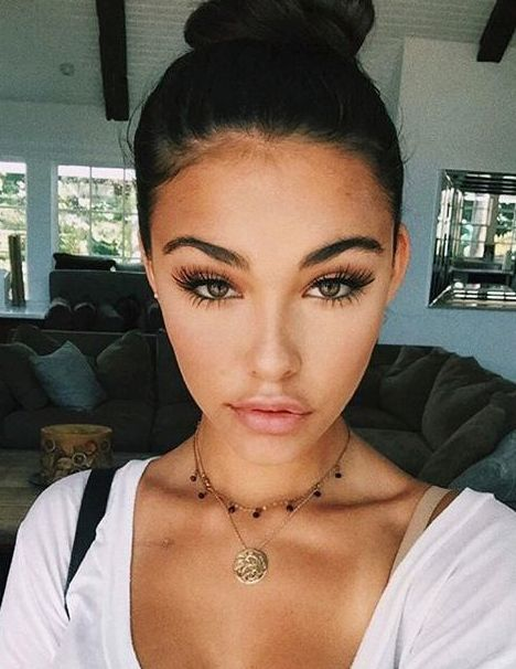 <<<FC:MADISON BEER>>>Madison:Aye Everyone I'm Madison I'm 17 And Single Almost 18 I'm A Bit Of A Flirt And Crushing So Chat?*Bites Lip Blushes*