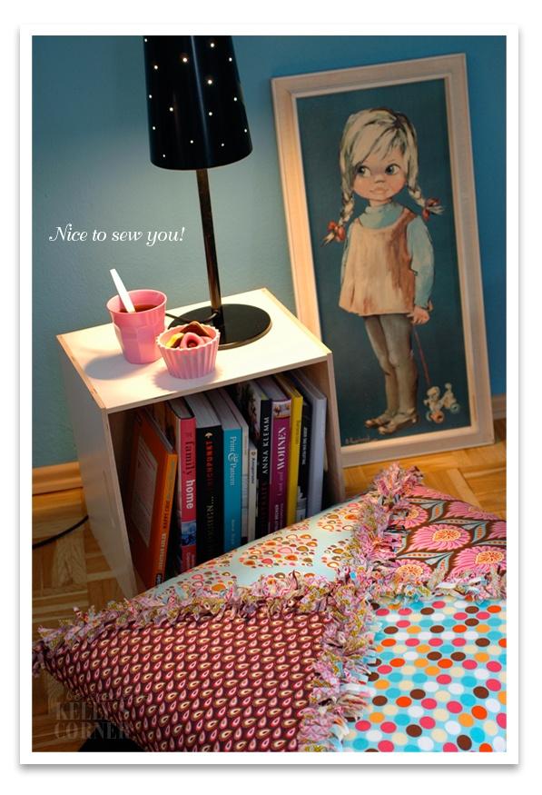 Einfacher Nachttisch Kinderzimmer dekor, Kissen, Diy möbel