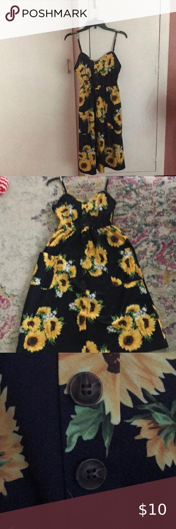 Sunflower Print Midi Dress Printed Midi Dress Sunflower Print Midi Dress [ 1740 x 580 Pixel ]