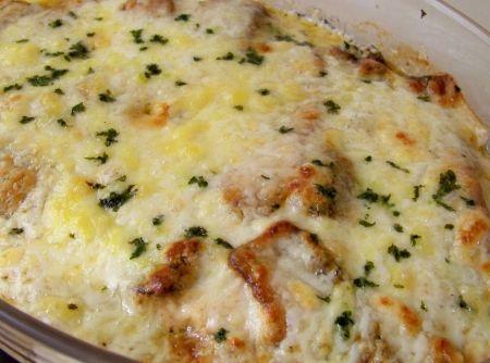 Peixe a Delícia - peixe a seu gosto. Depois de temperados, vá empanando o peixe da seguinte forma: passe na farinha de trigo, no ovo e na farinha de rosca e leve...