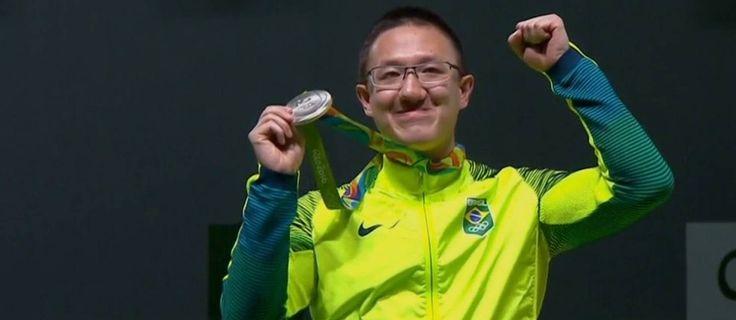 Felipe Wu Foto: Reprodução ´http://oglobo.globo.com/esportes/rio-2016/felipe-wu-conquista-primeira-medalha-do-brasil-na-rio-2016-19868572 PARA MIM ELE É O SÍMBOLO DA DIVERSIDADE BRASILEIRA