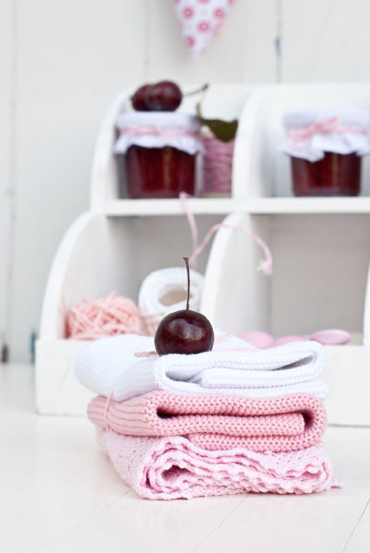 Pink towel, jam, Minty House