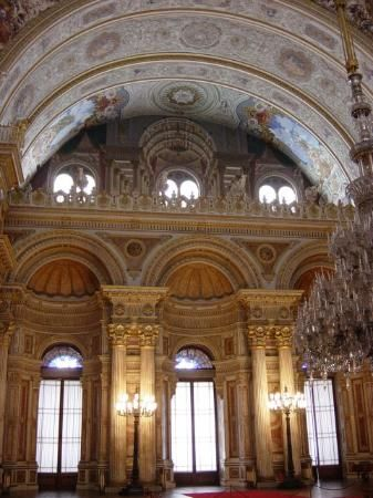 Dolmabahce Palace, Istanbul-- Ceremonial Hall Arch.