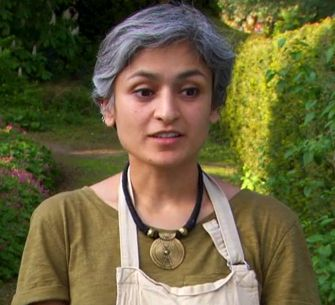 Chetna from The Great British Bake Off, love her style and ...