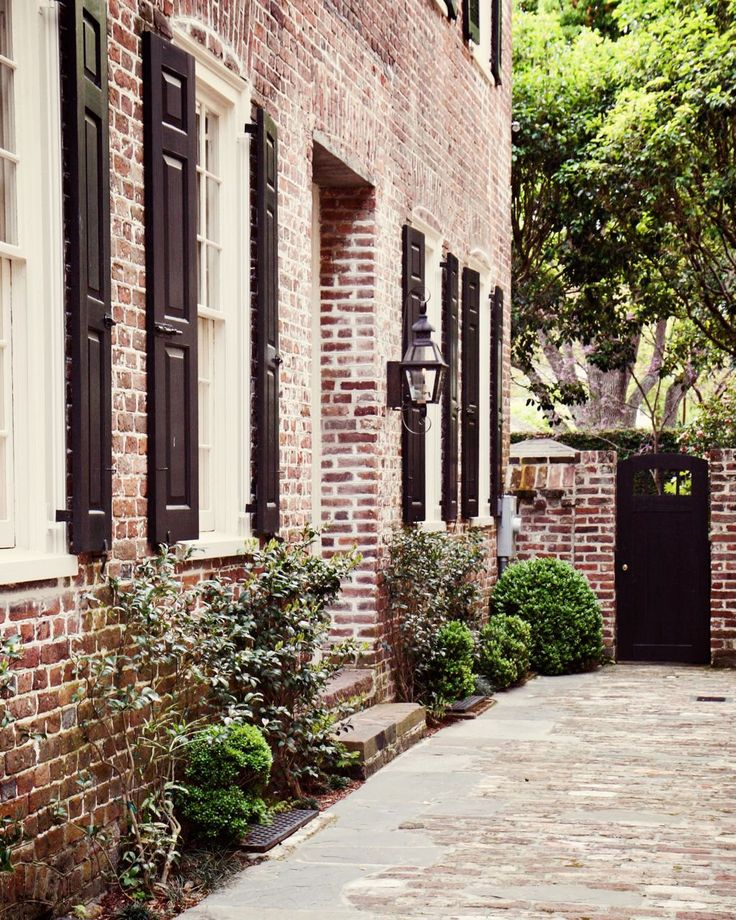 Quality Home Exteriors Design: 1000+ Ideas About Red Brick Exteriors On Pinterest