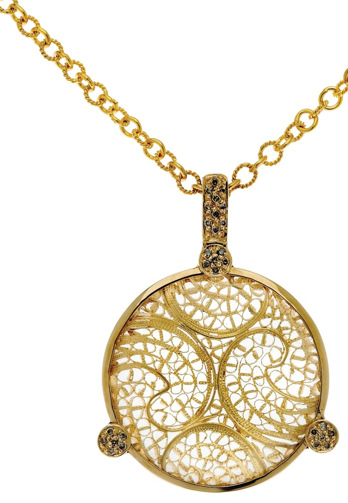 Eleuterio Jewels | Pendant in Yellow Gold, Filigree, Diamonds and Crystal Cabuchon