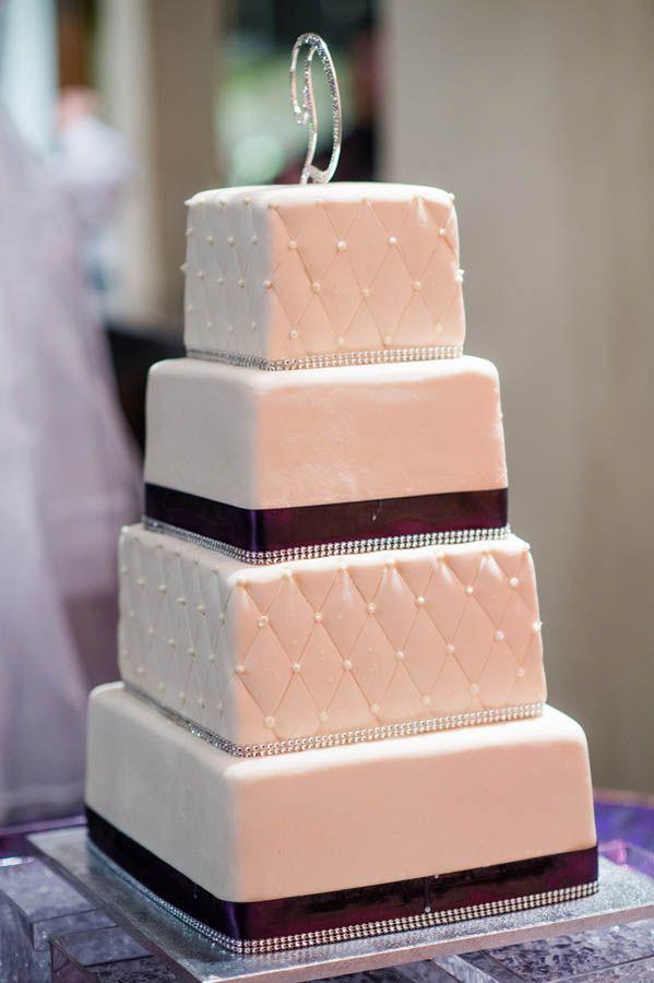 Simple elegant fondant wedding cake (Julie Nicole Photography)
