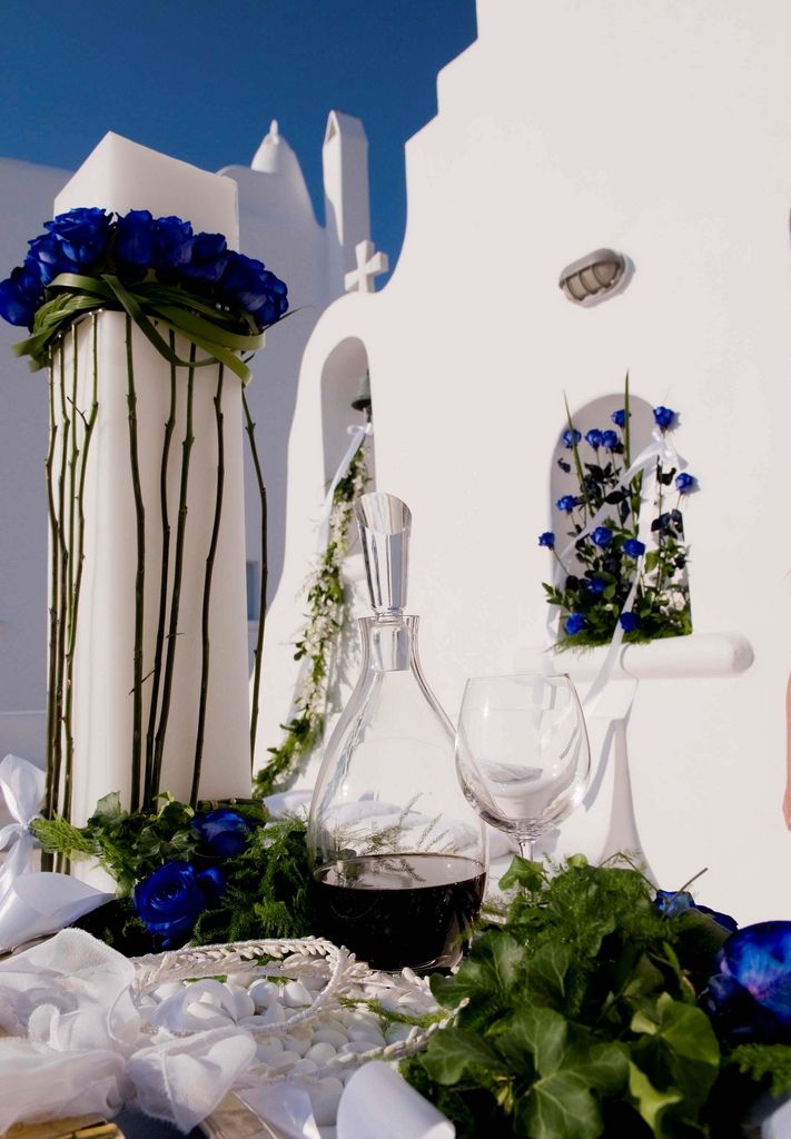 We can arrange for you a catholic or an orthodox #wedding in #Mykonos. Contact us for more information!