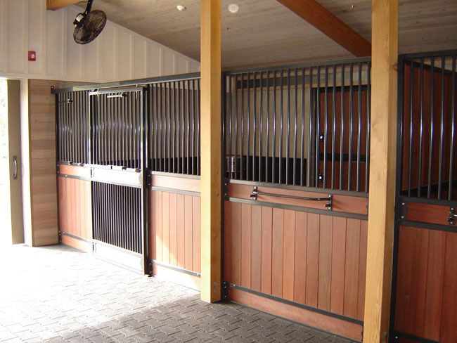 1000 images about horse barns on pinterest indoor arena for 4 stall horse barn