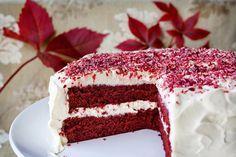 Kjært barn har mange navn også i kakeverdenen, og det er denne røde kaken et…