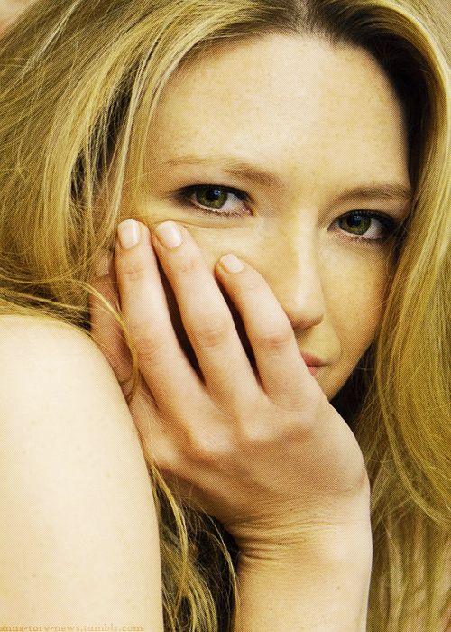 Anna Torv, maybe a Catherine face mold.