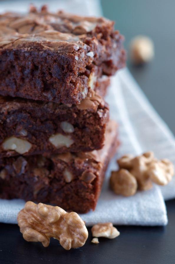 ¡Y para el postre… Brownies con nueces! http://www.sal.pr/recetas/browniesconnueces.html