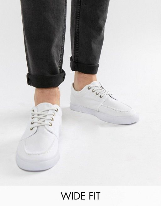 4ade7034e26 DESIGN Wide Fit lace up plimsolls in white canvas