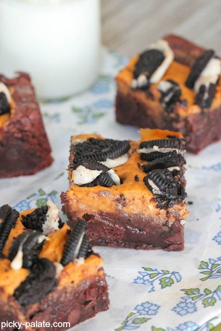 Pumpkin Cream Cheese and Oreo Chunk Brownies - would be good for a Thanksgiving treat too!  Especially for littles.