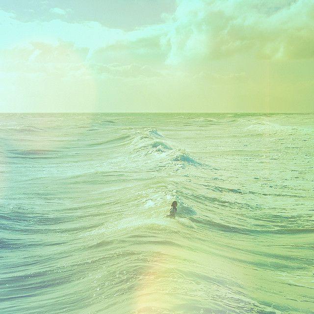 sea: Lights Green Waves, Paintings Art, Beaches, Aqua Blue, Color, Alone Time, The Ocean, Ocean Waves, The Sea