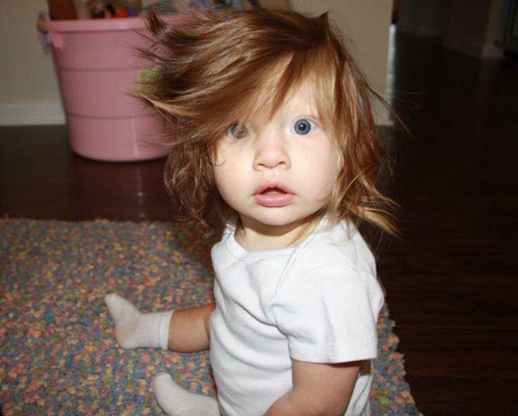 20 bébés nés avec une chevelure abondante qui vont vous faire mourir de rire. Le #9 est tordant! - Veux-tu Rire?