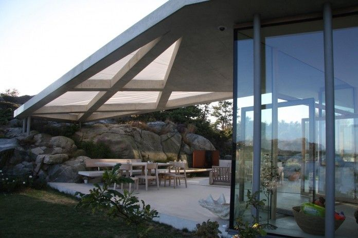 Lyngholmen-Residence-with-magnificent-ocean-views-by-Lund-Hagem-11