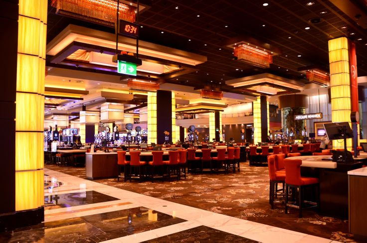Project name: The Star Casino Designer: Buchan Group Location: Sydney, Australia Application: Columns, Gaming machines Product series: Nature Product range: Bedrock Product thickness: 12mm Colour name/code: Sunset Colour group: yellow, orange