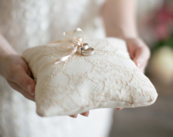 Almohada de anillo boda, anillo portador almohada, boda almohada, almohada de anillo boda, anillo portador, cojín de encaje, boda rústica, anillo amortiguador