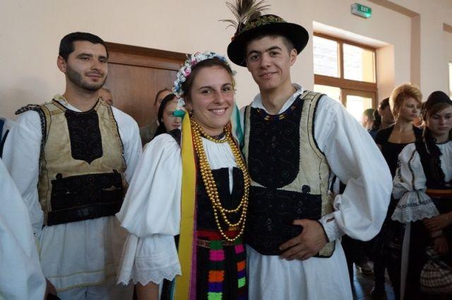port de nunta din Salciua, judetul Alba, Transilvania #nuntaromaneasca #traditional