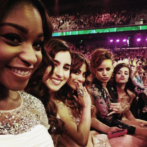 fifth harmony at kids choice awards - My Cousin Dinah Jane looking fabulous next year they'll be winning the awards!!!