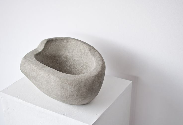 Hand made sandstone bowl no. 004 Dimentions: 36x26x16 cm, weight:16,1 kg.