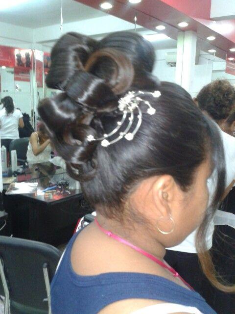 Peinado alto | peinados