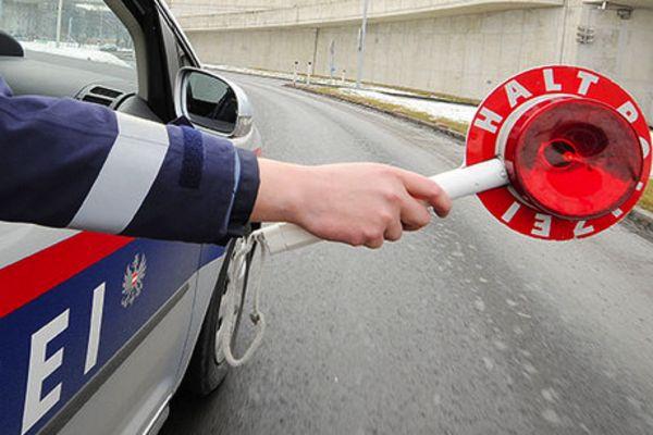 Flachgau: Verkehrskontrolle auf A1
