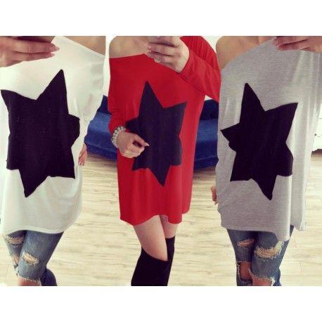Zobacz bluzkę oversize z aplikacją w kształcie gwiazdy, idealna na spacer jak i do pracy, za jedyne 24,99 zł w sklepie internetowym Magmac.pl