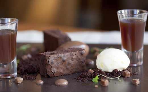 Textures of chocolate to share, brownie, mousse, chocolate tea, white chocolate sorbet, fluid gel, butterscotch powder and chocolate soil.  FFFx