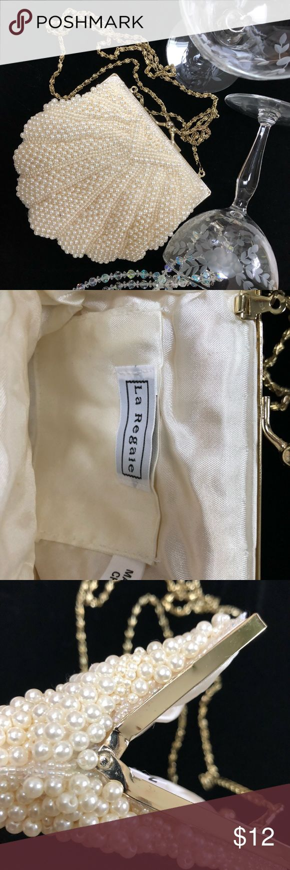 La Regale faux pearl evening bag SALE $17 Classic faux pearl evening bag. Good used condition. Minor blemishes on frame (see photos). Perfect for the holidays or a night out on the town! La Regale Bags Mini Bags