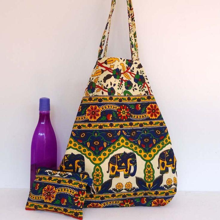 Sac cabas en coton bleu et muticolore, doublé coton bleu uni . shopping bag : Autres sacs par akka-accessoires
