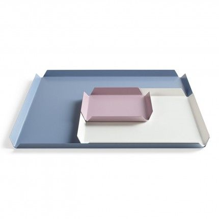 Products we like / Trays / Color Range / pastel Tones / Minimal / bendet Metal / at Design Binge