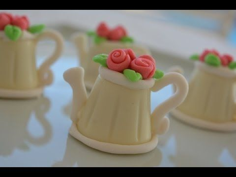 Como fazer bombom decorado (bule de chocolate) - YouTube