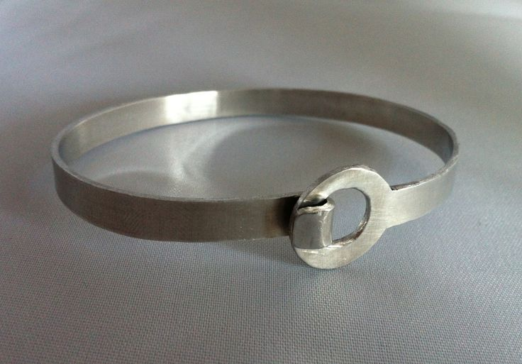 Aluminium clasped bangle. Can be personalised with names or quotes. £18   #bespoke #gift #personalised #jewellery #craft #supermumscraftfair #metalsmithing http://pict.com/p/1e