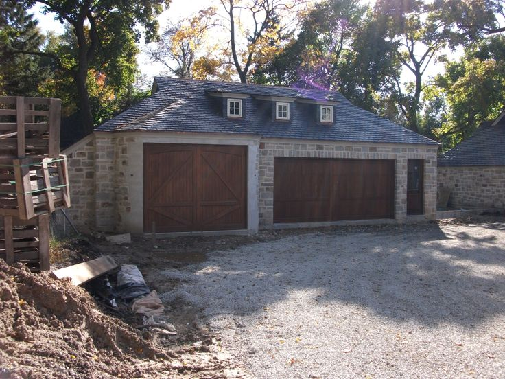Stone limestone slate roof nice details c a for Garage door repair lake forest