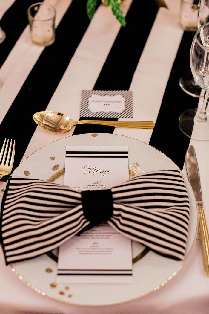 リボンが派手かわいいケイトスペード風コーデ♡ モノトーンのメニュー表まとめ。シンプルな結婚式のメニュー表一覧。