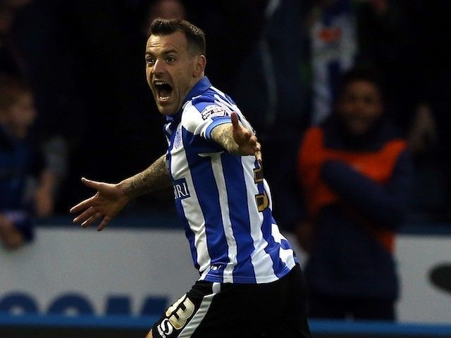 Ross Wallace hails Sheffield Wednesday defensive effort