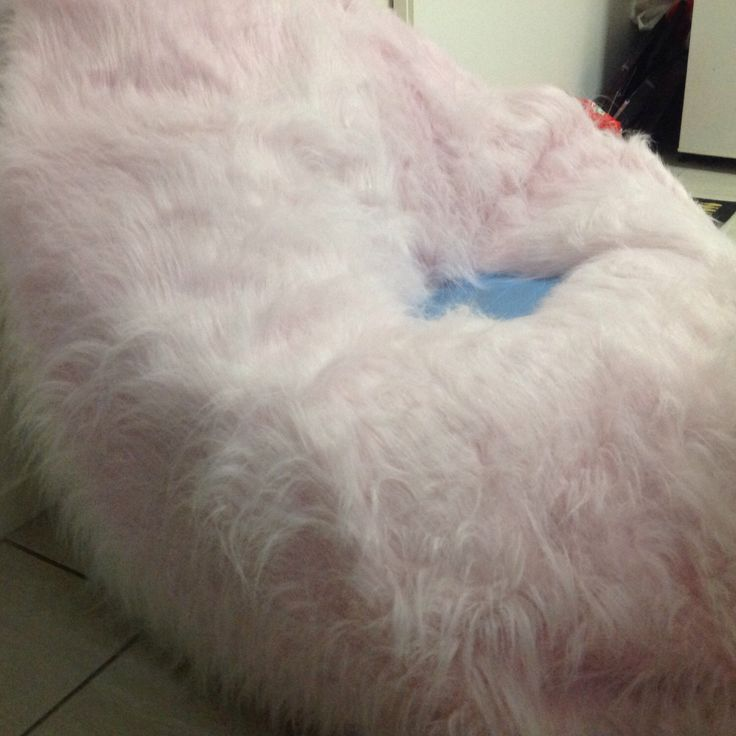 Pale Pink faux fur shaggy bean bag, for Bedroom, Lounge, Rumpus, a great place to read a book, watch TV by curvaciousyouclaire on Etsy https://www.etsy.com/listing/466593119/pale-pink-faux-fur-shaggy-bean-bag-for