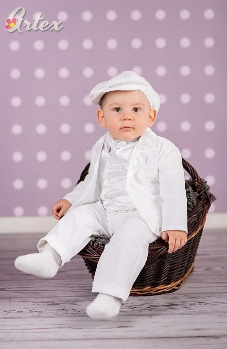 brilliant outfit for christening in winter