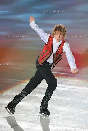 Kevin Reynolds (CAN),  JULY 27, 2013 - Figure Skating :  LOTTE presents THE ICE 2013  at Osaka Municipal Central Gymnasium, Osaka, Japan.  (Photo by YUTAKA/AFLO SPORT) [1040]