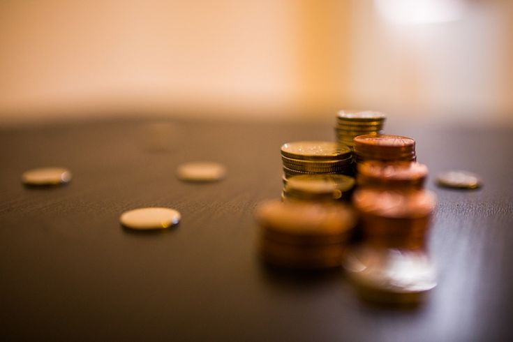 FINANCIAL ORDERS | Naturally when separating, many couples find there are a variety of financial issues to consider, whether that be property, pension, income, savings or investments.