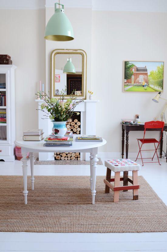 Gorgy.Decor, Pendants Lamps, Mint Green, Lights Fixtures, Colors, Blue Lights, Living Room, Red Chairs, Pendants Lights