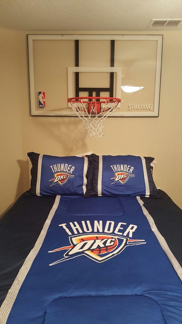 Boys basketball bedroom ideas - Basketball Backboard Headboard Boys Basketball Bedroombasketball