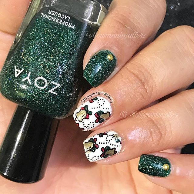 Jingle Bells and Green & White Theme @manishamanimatters Share your looks to be featured #GlamExpress or  http://ift.tt/1LKibRA (win cool stuff ) BBloggers  YTers : check out our monthly beauty competitions  http://ift.tt/1yB0sDN     Products used are  @zoyanailpolish Merida Purity Amal @wetnwildbeauty Fergie in Gold Album @pueencosmetics Love elements plate for stamping  #nailart #polishaddict #nailartclub #nailartaddict #stamping #stampingplates #showmynails #allprettynails #nailartstylist…